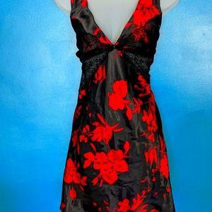 Donatello Black Red Floral Short Nightie